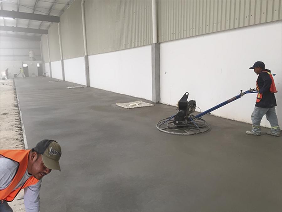 Pisos industriales de concreto pulido for Piso de concreto pulido